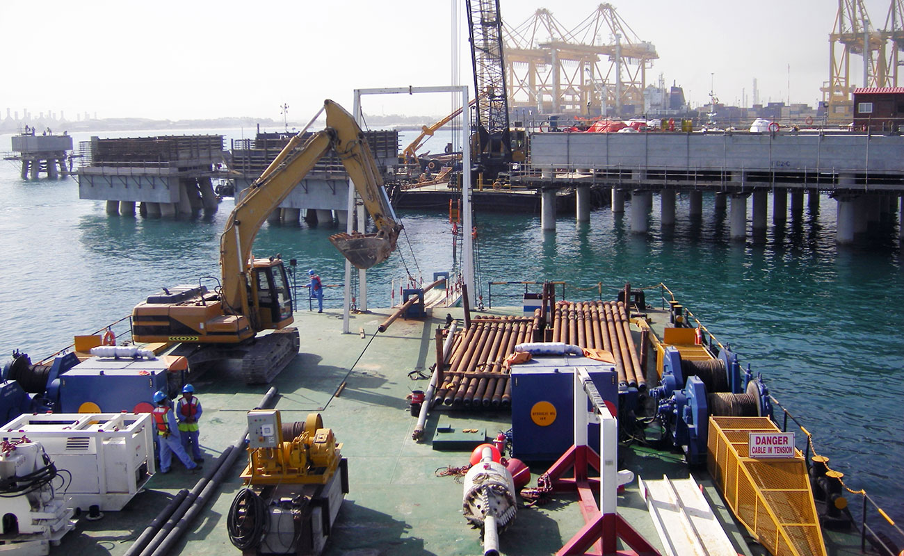 Dubai LNG Import Terminal Project